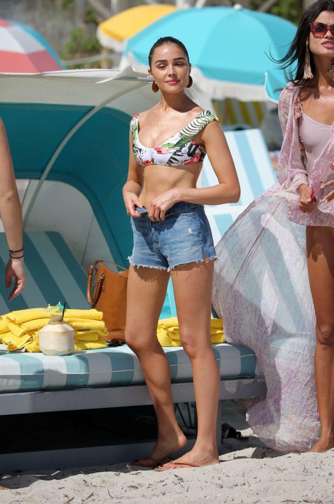 Olivia Culpo Hot Stills