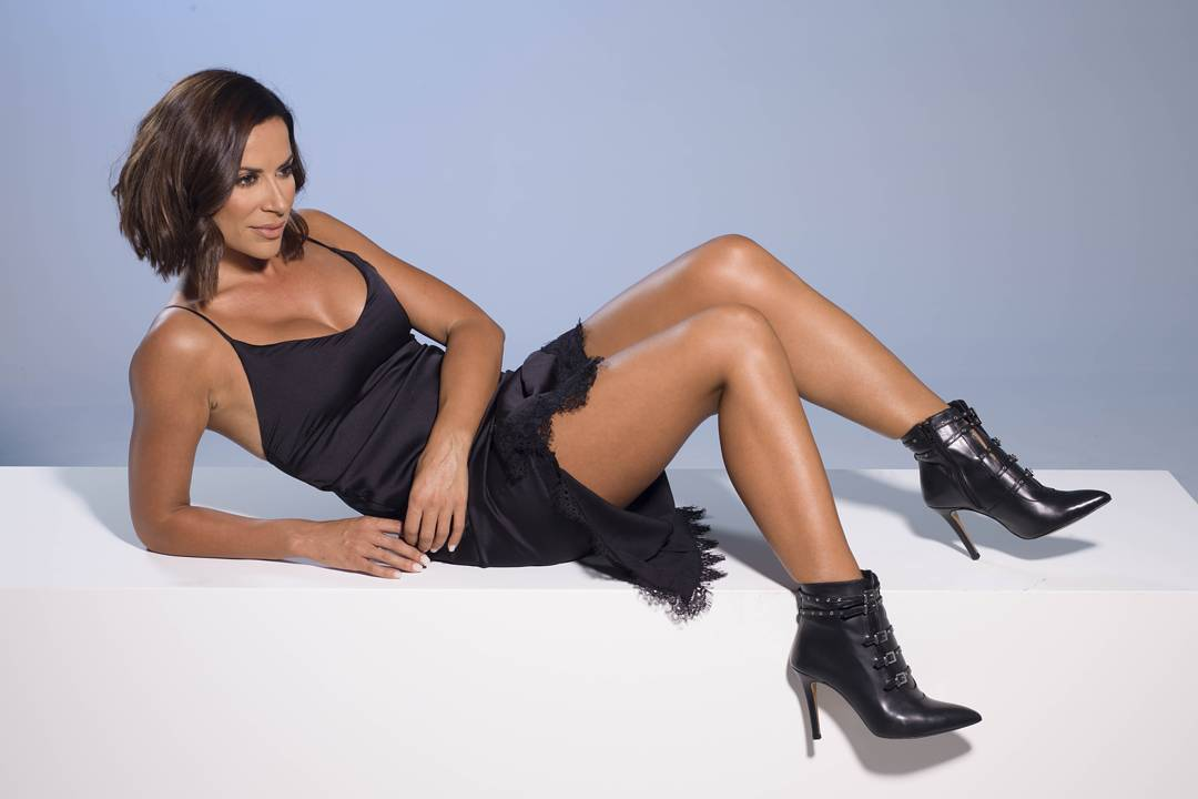 Beautiful and Sexy Dânia Neto