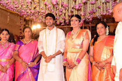 hero-allari-naresh-and-virupa-wedding-photo
