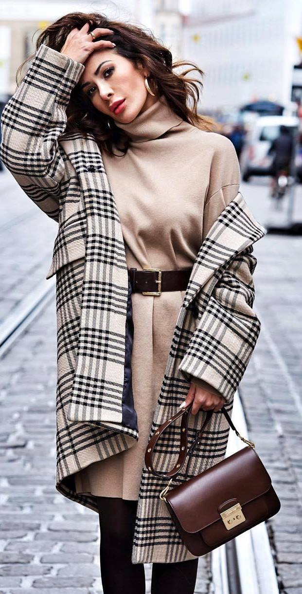 trendy outfit idea : plaid coat + nude dress + brown bag