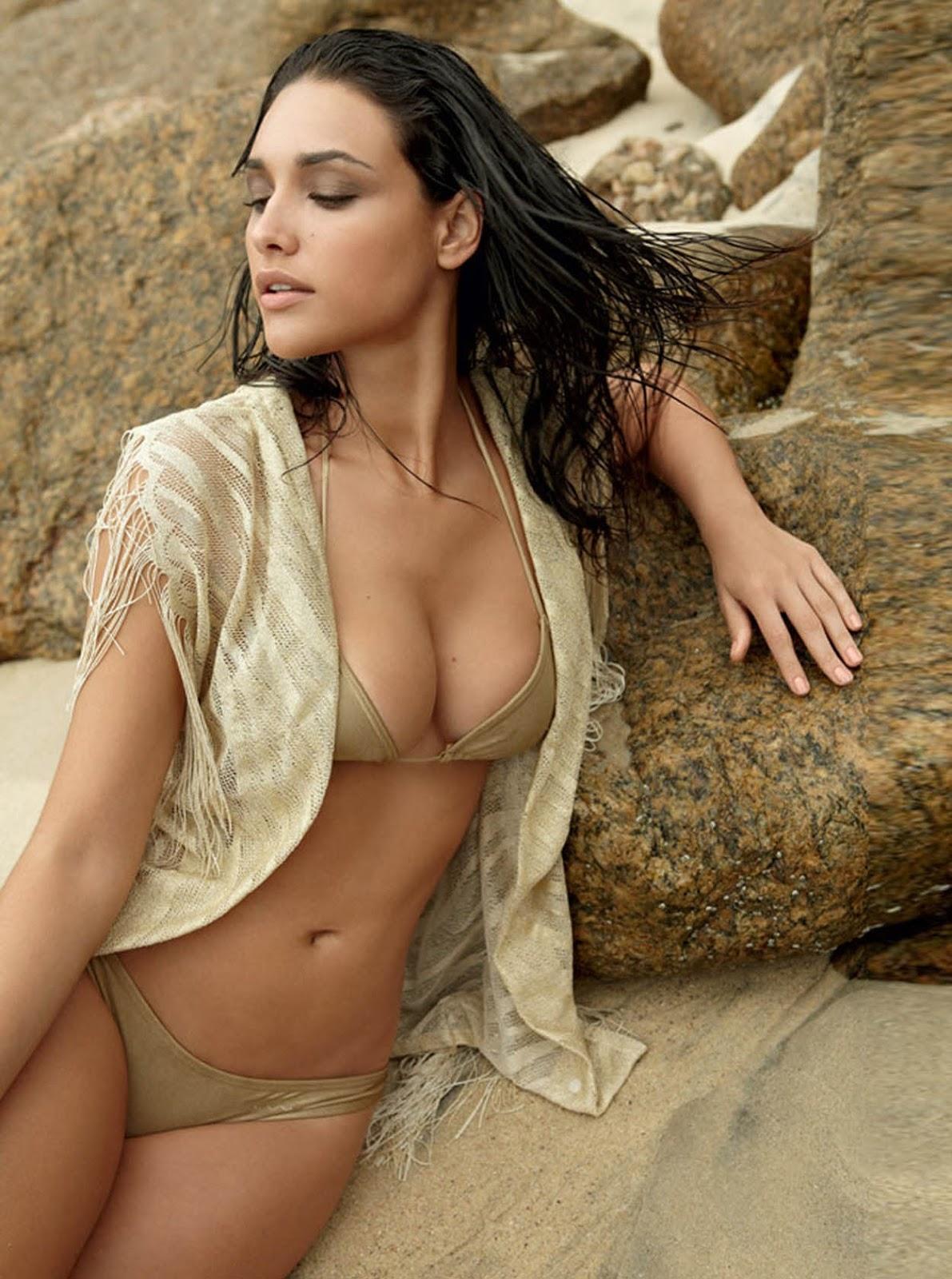 Débora nascimento nude
