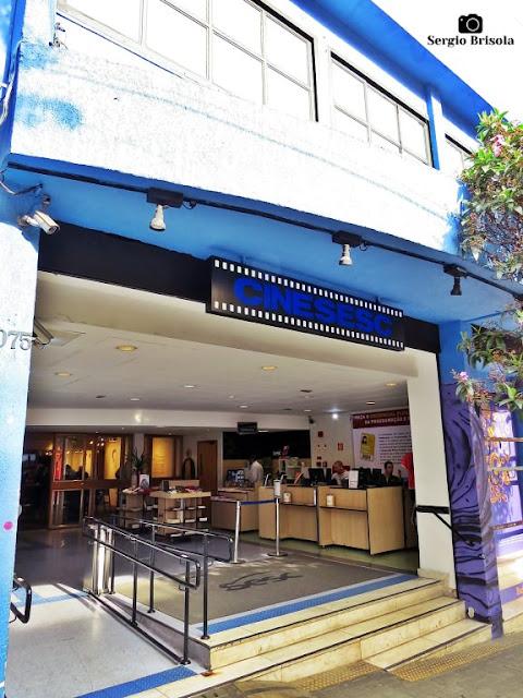 Vista da entrada do Cine SESC - Cerqueira César - São Paulo