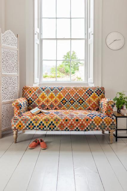 Sultan Tufted Diamond Sofa