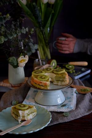 angel-foof-cake-kiwi-matcha