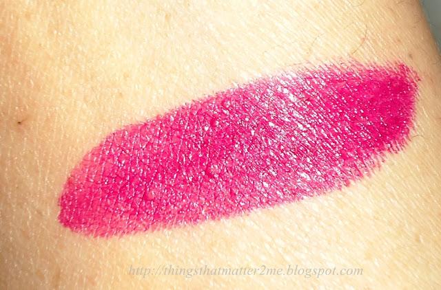 MAC+Satin+Lipstick+Rebel+Swatch+Review