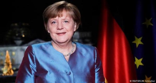 Άγκελα Μέρκελ: Ζητάει ενότητα απέναντι στη τρομοκρατία και ενίσχυση της δημοκρατίας