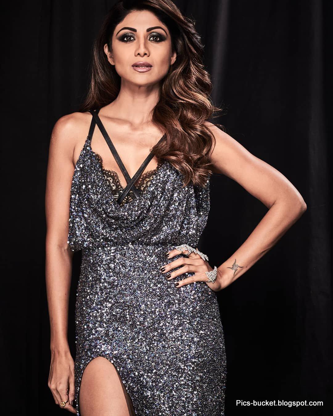 bikini hd pics of bollywood actress