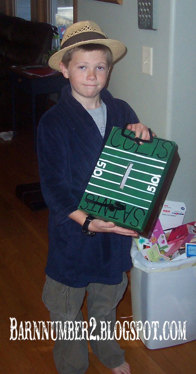 football valentine box - Soccer Valentine Box