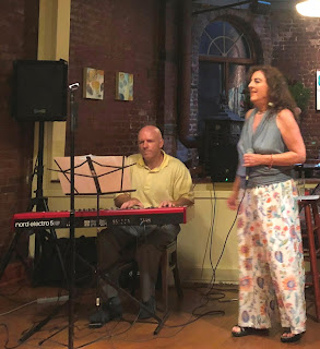 Lisa B and Gary Fisher at The Cupping Room Cafe, Soho, NYC