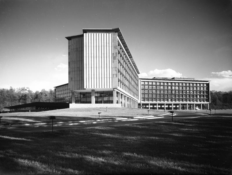 Il Palazzo Uffici Olivetti a Ivrea simbolo della trasformazione di un'azienda