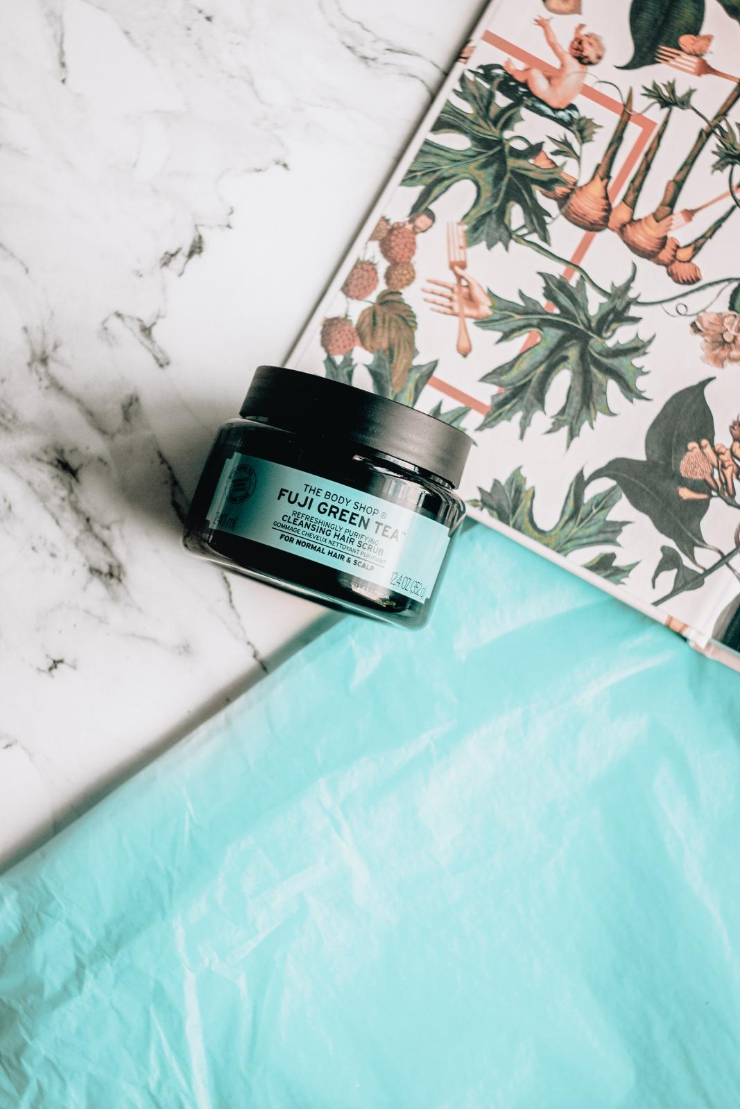 The Body Shop Fuji Green Tea Refreshingly Purifying Cleansing Hair Scrub hair scrub scalp scrub