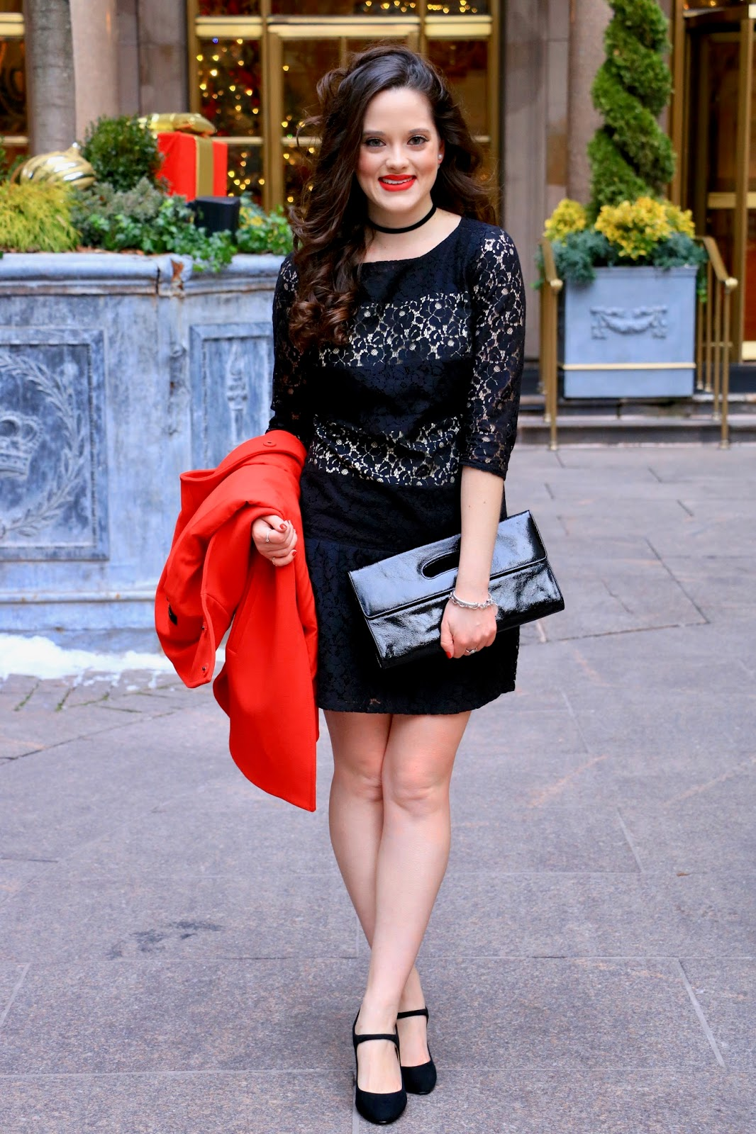 fashion blogger holiday outfit pics