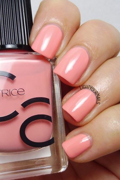 Catrice ICONails 08 Catch Of The Day salmon pink nail polish smalto rosa salmone #lightyournails