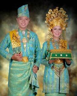 Contoh Adat Istiadat Di Indonesia : contoh, istiadat, indonesia, KERAGAMAN, BANGSA, BUDAYA, INDONESIA, PENDIDIKAN, KEWARGANEGARAAN