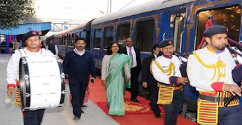 पर्यटन मंत्रालय का सोशल मीडिया पर प्रभावकारी अभियान 'द ग्रेट इंडिया ब्लाॅग ट्रेन' की शुरूआत
