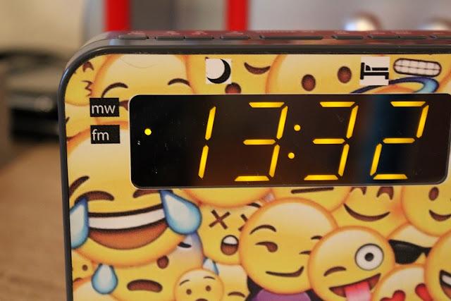 un radio réveil personnalisé