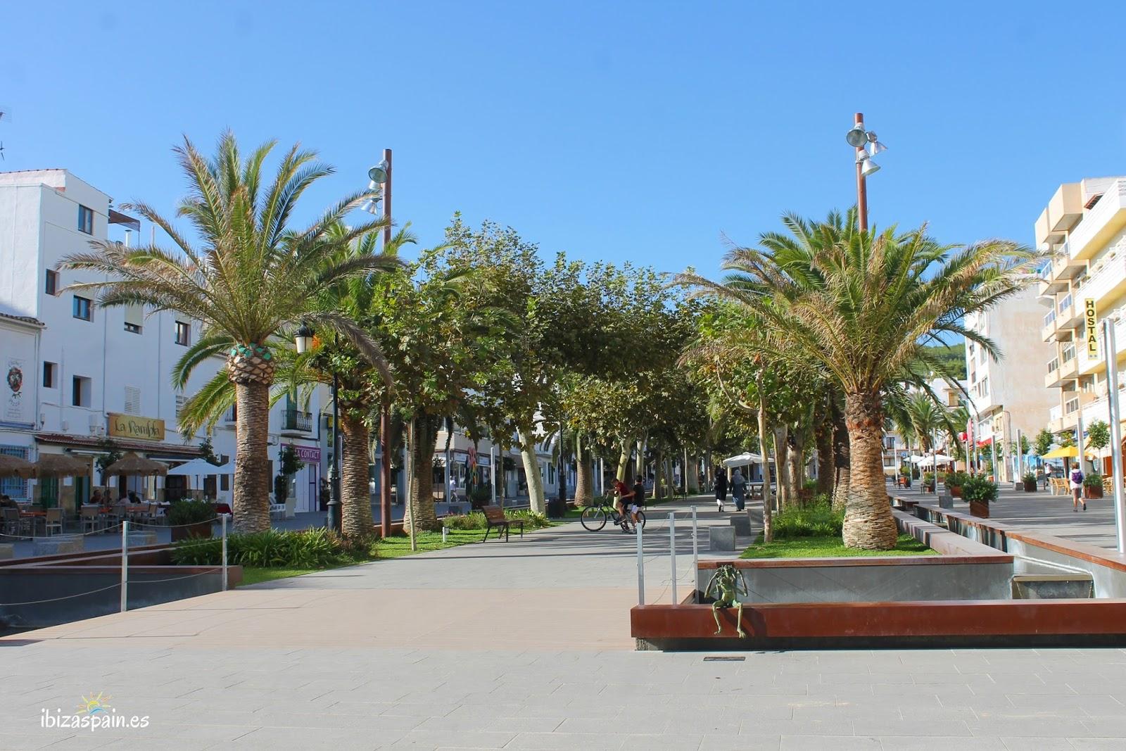 Paseo Salamera Santa Eulalia Ibiza