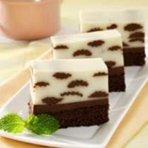 Puding Cake Bermotif