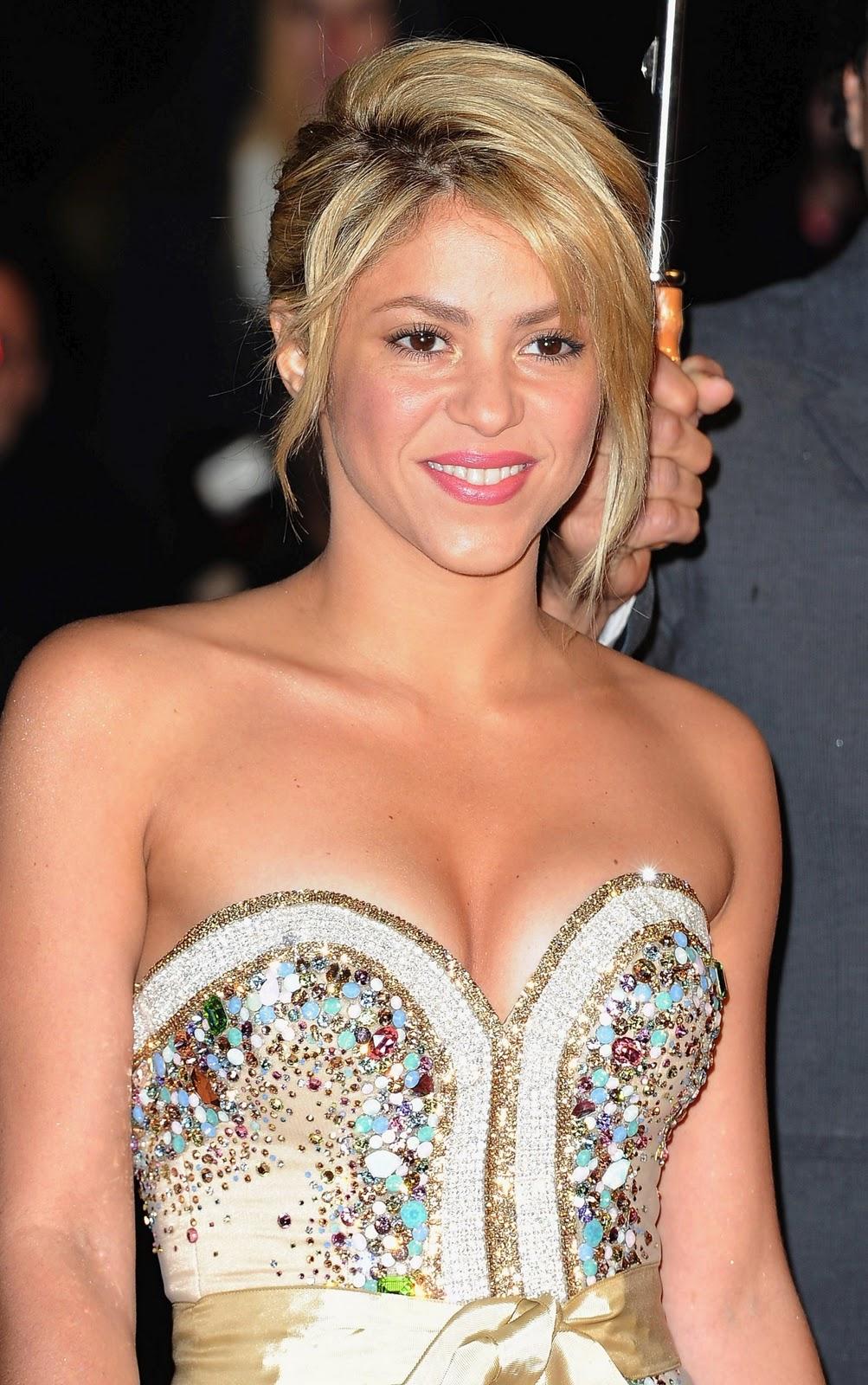 Indian Girl Wallpaper Full Hd Download Shakira Hot Hollywood Spicy Actress Photos 2012 Hot Full