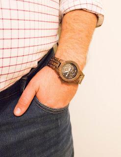 "<img src=""IMG_4741.jpg"" alt=""JORD Conway Walnut and Jet Black Watch"" title=""Conway Walnut and Jet Black""/>"