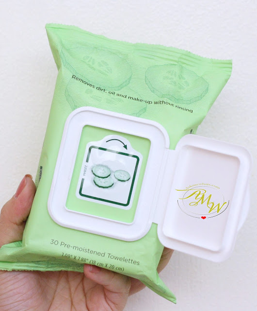 a photo of Burt's Bees Cucumber & Sage Facial Cleansing Towelettes