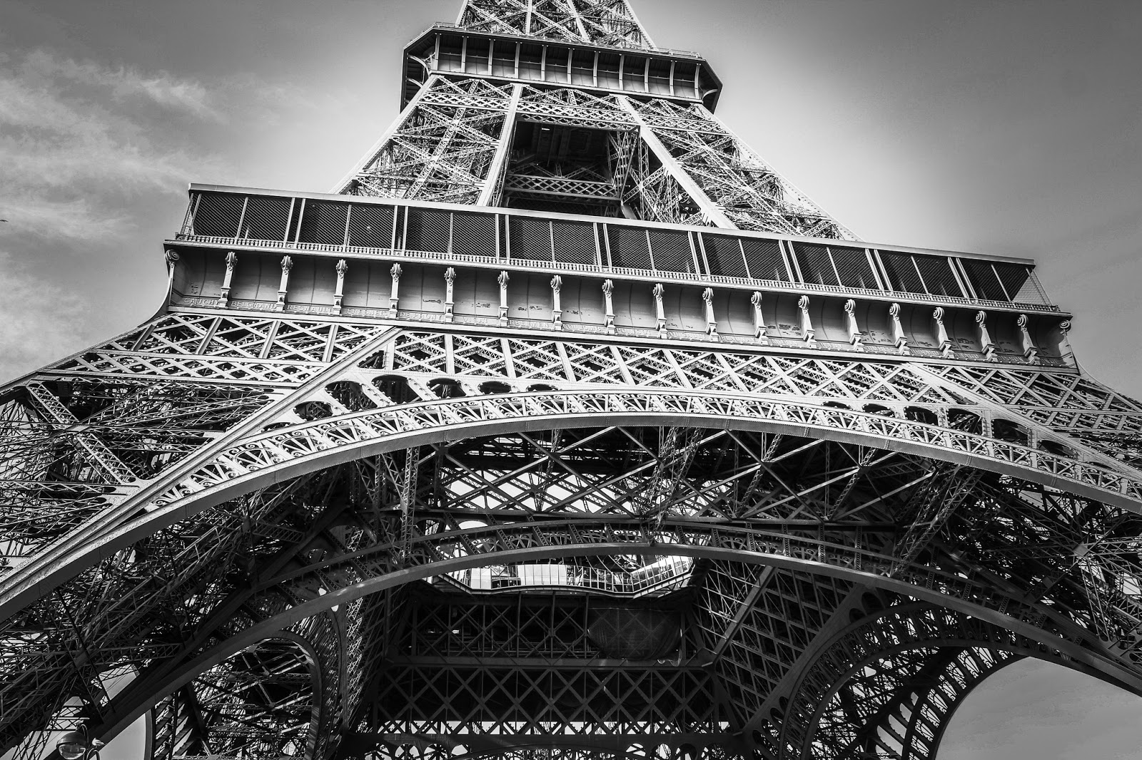Cast and wrought iron architecture skyscrapercity for Eiffel architect
