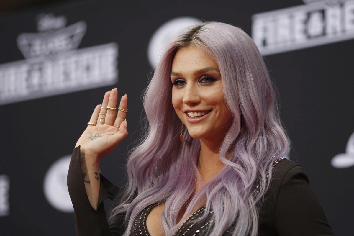 Kesha está trabalhando com produtores de Halsey, Tove Lo e Marina And The Diamonds