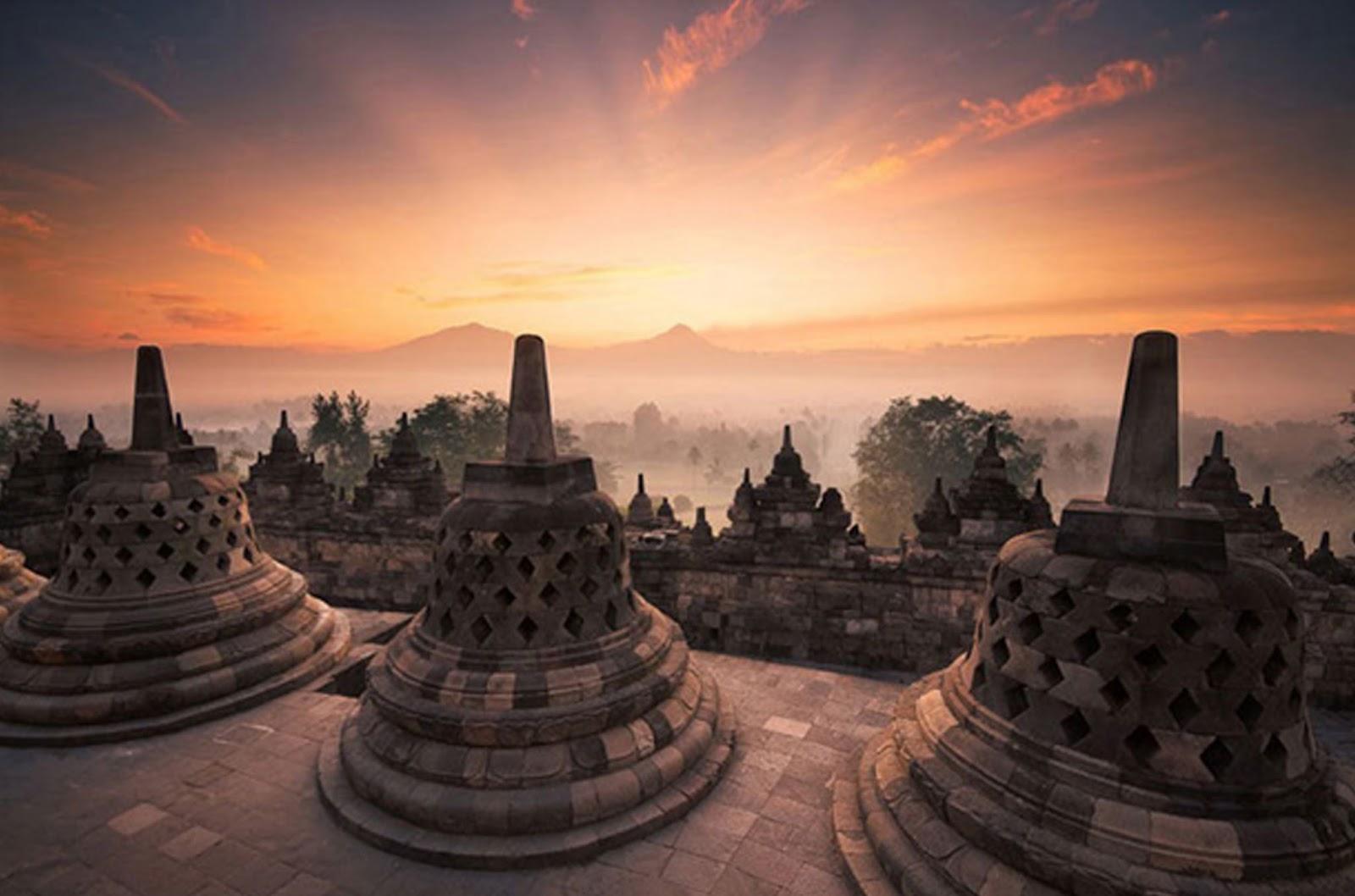 Arkadio Tourism Dbali Nusa Dua Super Deal Package Flying Fish Jetsky Banana Boat Borobudur Temple