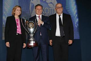 Το σήκωσε ο Πρόεδρος στα βραβεία της ΚΟΠ (οι βραβεύσεις)