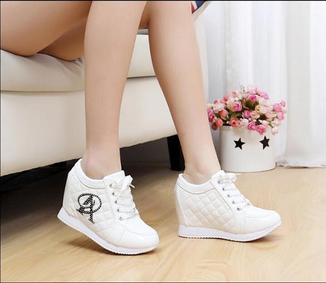 Sepatu Simple Kekinian