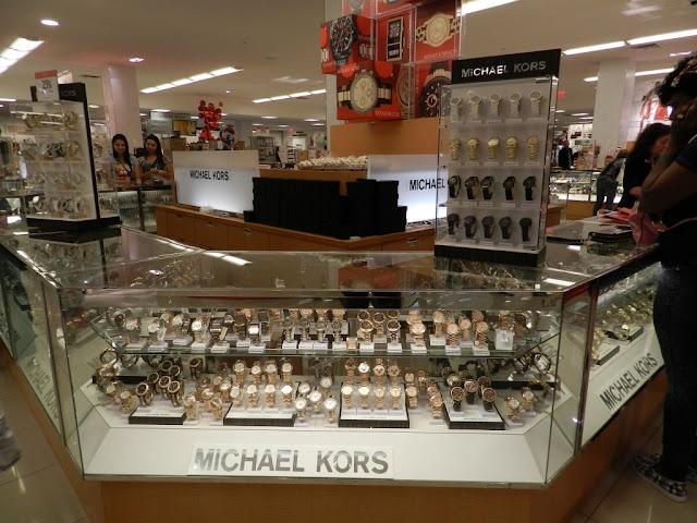 Veja outros lugares imperdíveis para fazer compras em Orlando e Miami