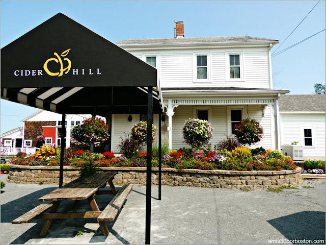Granjas de Massachusetts: Terraza de la Cider Hill Farm