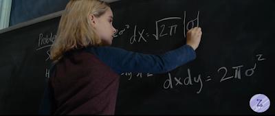 Mary rozwiązuje trudne równanie pod okiem profesora