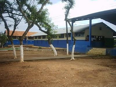 """Escola Estadual de Ensino Fundamental e Médio """"Manuel Bandeira"""""""