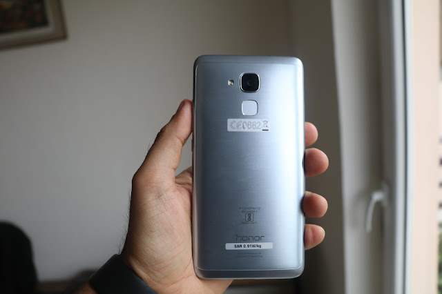 Honor 5C Review - A good overall smartphone experience overcomes minor flaws
