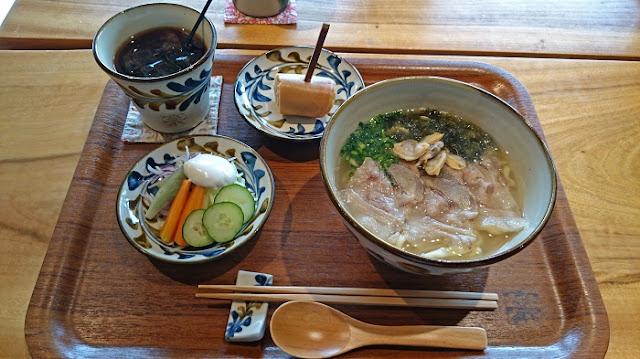 みやんちの沖縄そば膳の写真