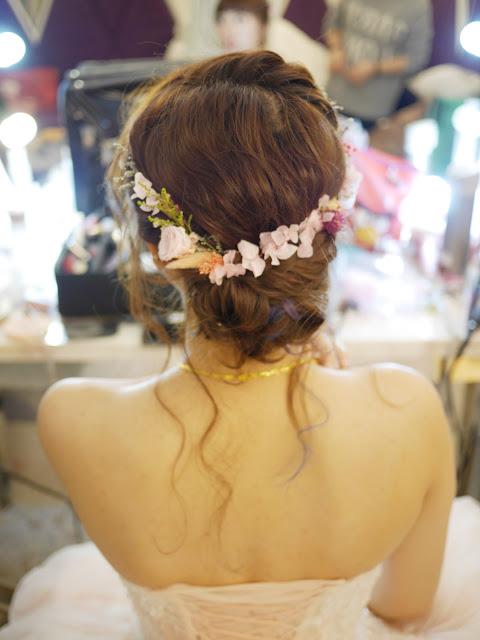 台北新秘 | 新秘Summer | 台北新娘秘書 | 乾燥花造型 | 新娘造型2018 | 敬酒造型 | 粉紅色禮服 | 甜美造型 | 乾燥花盤髮