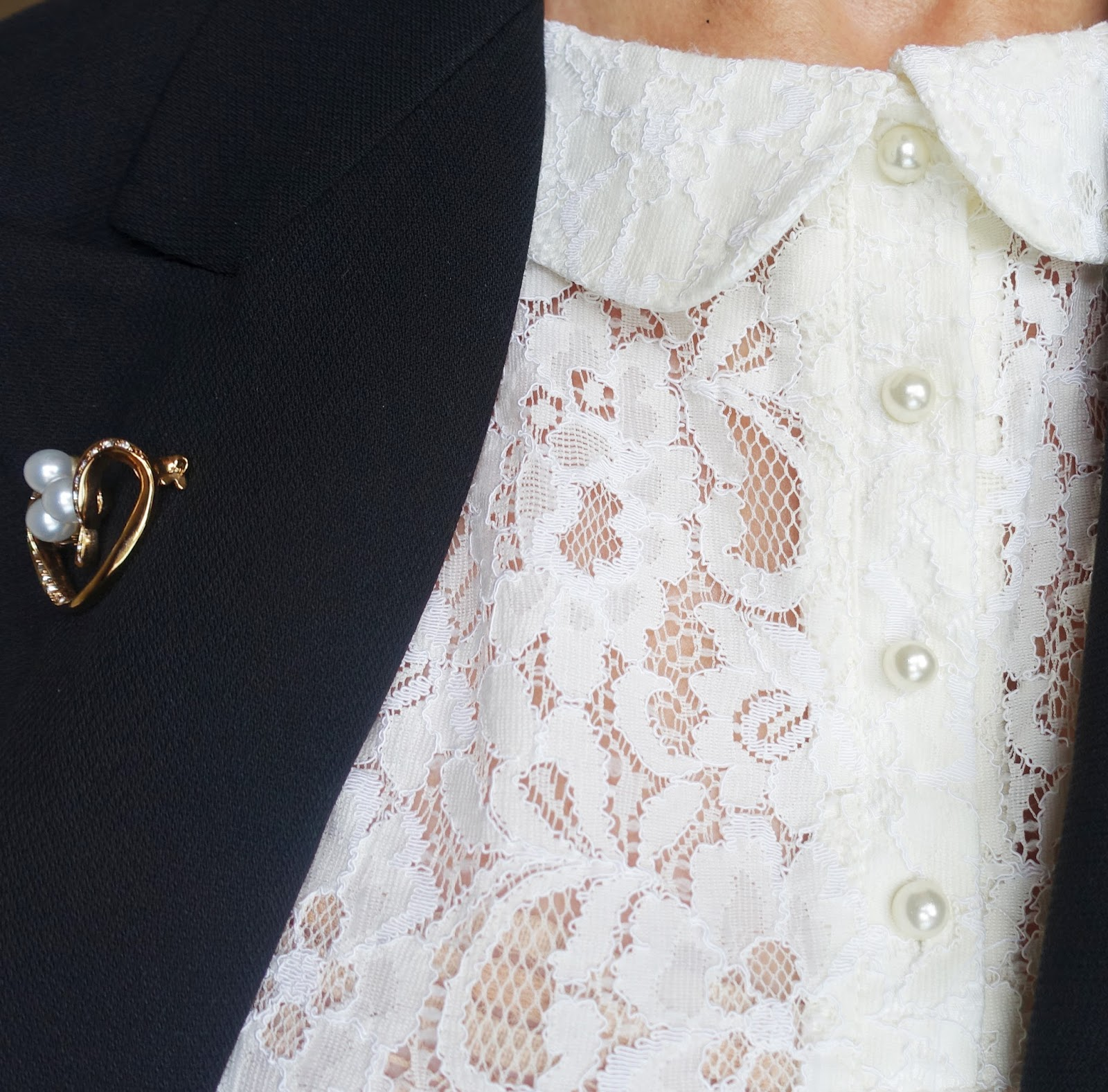 Pearl brooch and cream lace blouse with pearl buttons worn by Is This Mutton