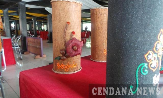 kerajinan kayu lantung bengkulu putaran roda ekonomi kreatif