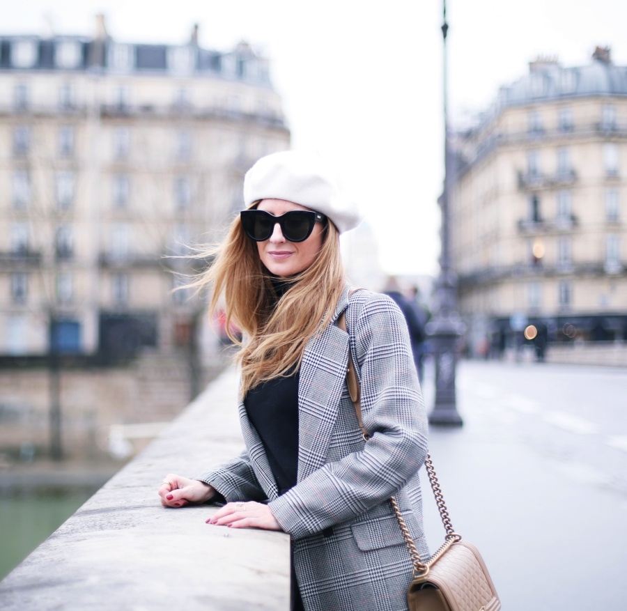 BLOG DE MODA Y LIFESTYLE: LOOK CON BOINA EN PARIS