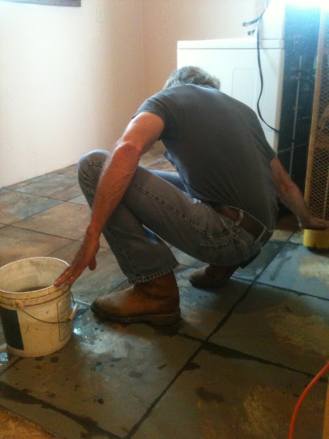 MagPie Approved: Tiling the Laundry; Grouting the tile