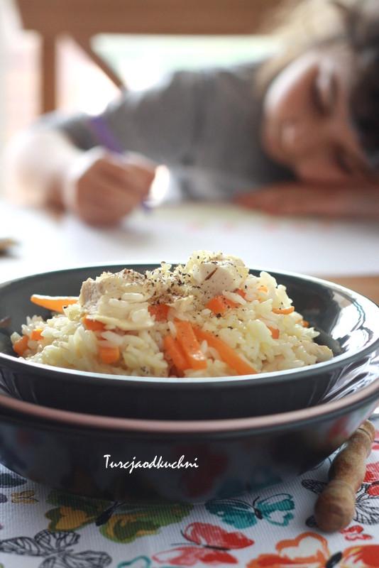 Pilaw z marchewka i kurczakiem / Tavuklu, havuçlu pilav