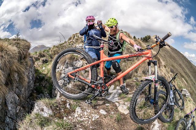 biken in der schwangerschaft mountainbike sport in der schwangerschaft