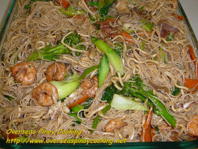 Seafood Mixed Noodle Stirfry