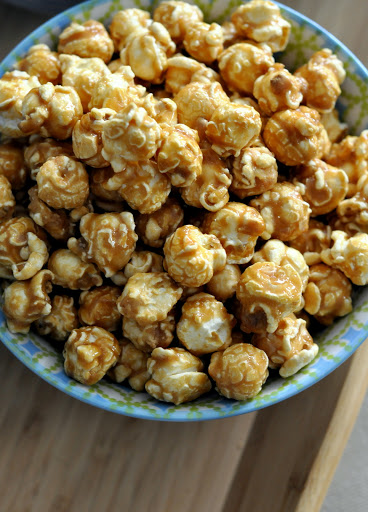 G-H-Cretors-Just-the-Caramel-Corn-Popcorn-tasteasyougo.com