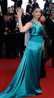 Aishwarya Rai Green Outfit On Red carpet