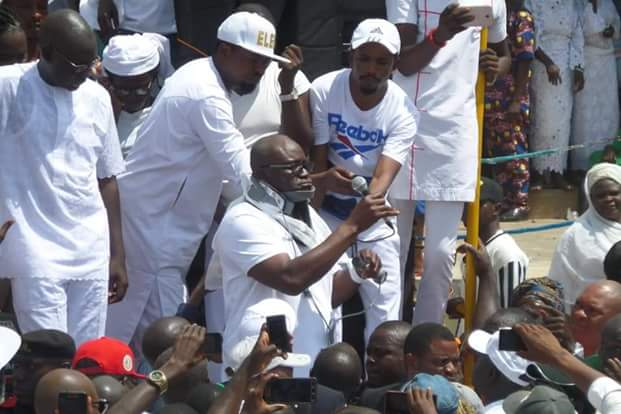 """Photos of """"Injured"""" Governor Fayose addressing Ekiti people at the Government House  Photos:""""Injured"""" Governor Fayose addresses Ekiti people at the Government House FB IMG 1531322535946"""