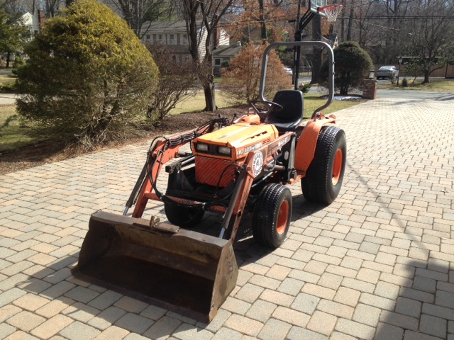 Newsearch Equipment Amp Salvage Kubota B8200 With Bush Hog