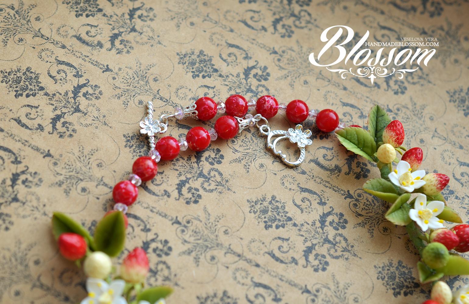 Колье с ягодами, колье из полимерной глины, фимо, клубника, земляника, колье с цветами, цветы, ягоды, лето, летнее колье, украшения, handmade, polymer clay, fimo, berry, strawberry, berries
