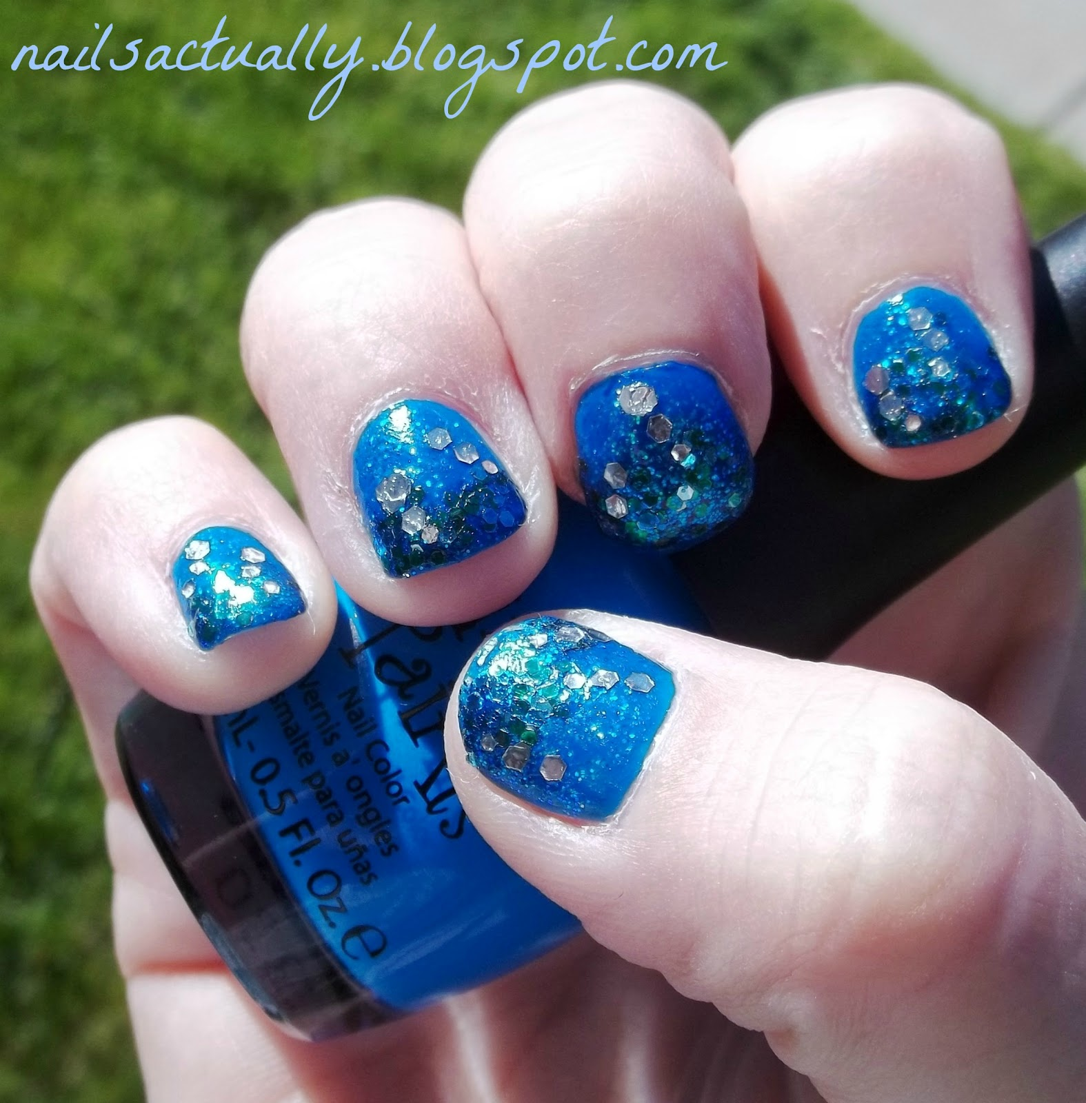 Nails Actually: Glittery Rollin' in the Deep (Ocean) Nails